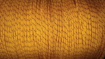ШНУР 02 - Шнур ПА плетеный 16-ти пр. с ПА серд. ⌀ 2 мм - фото 5386